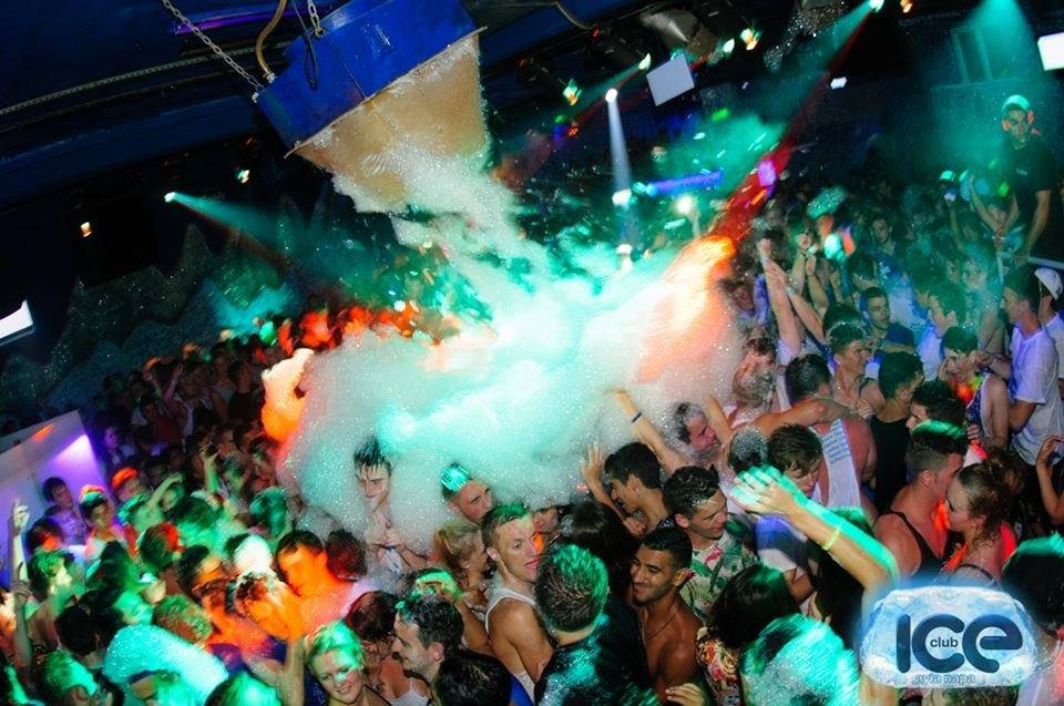 Foam-Party-at-ClubICE