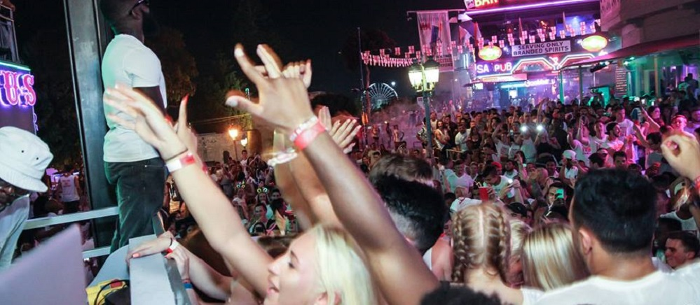 Kandi-Street-Party-Slide