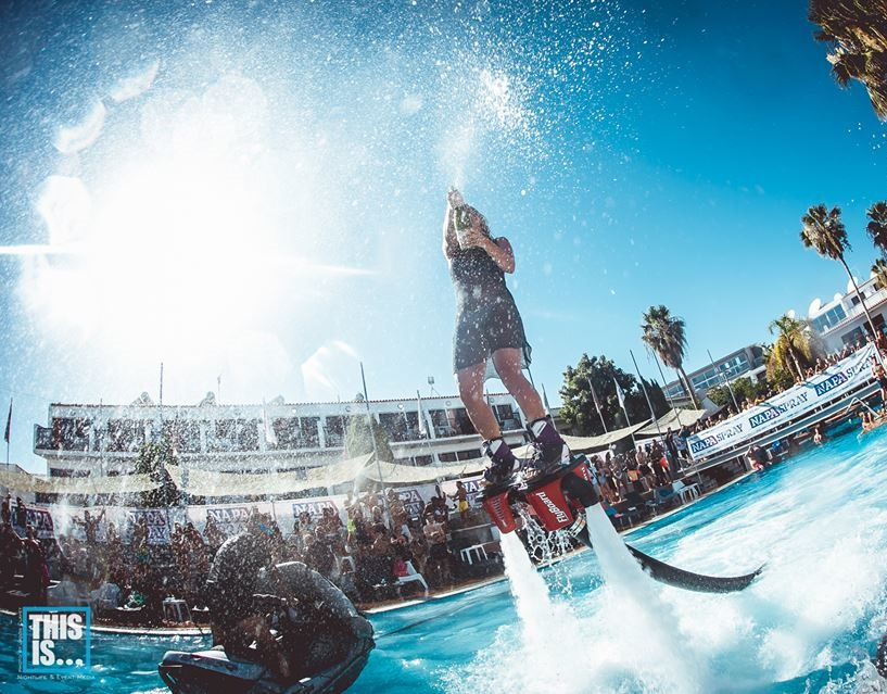 Napa-Spray-Pool-Party-Flyboarding